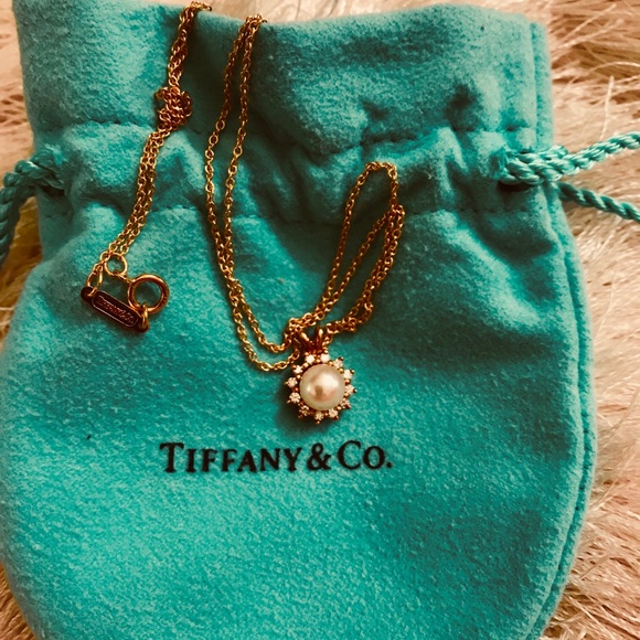 "c8df82abd Tiffany & Co. 18K Gold Diamond &Pearl Necklace 16"".  M_5a34756ca4c48554be01f74f"